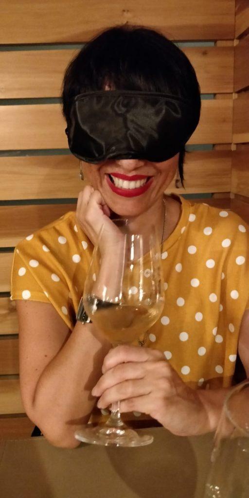 Blindfold dining Bahia