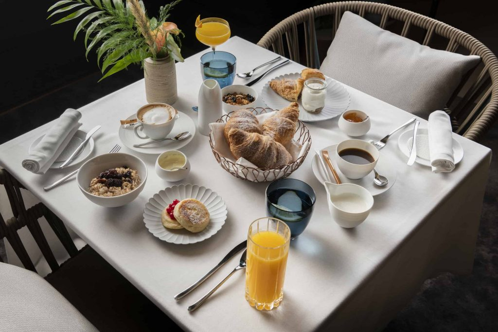 Iniala Breakfast Club